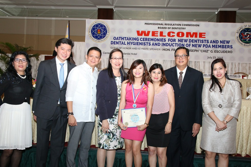 OATHTAKING CEREMONIES FOR NEW DENTISTS AND DENTAL HYGIENISTS JULY 23, 2015